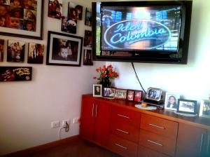 El TV de 50 pulgadas de Fanny engalana su estudio